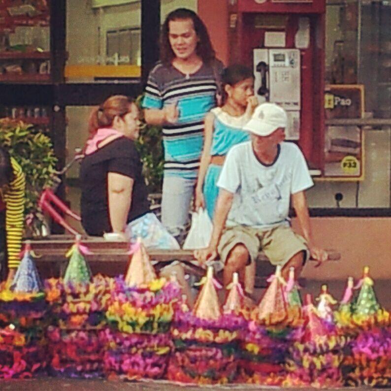 フィリピンでの新年の祝い方~近所迷惑何それおいしいの?~